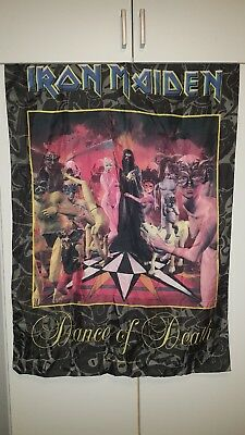 Iron Maiden Flagge / Fahne Poster Flag Posterflagge
