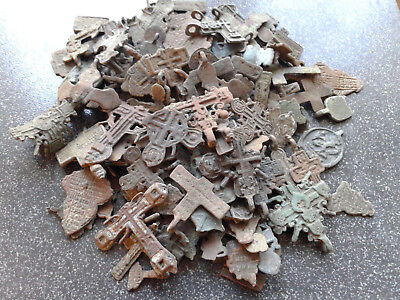 Metal detector finds.Mix lot  ancient finds (The age of 14-19)100 fragments N37