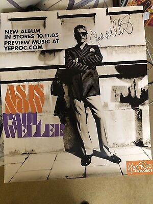 Paul Weller Signed Poster Excellent Condition.