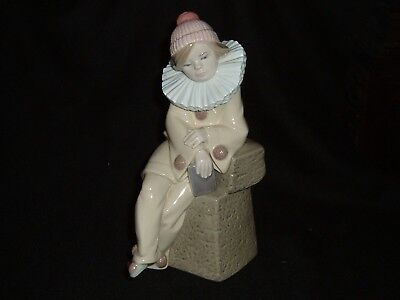 Vintage Lladro Figure Little Jester Sitting With Book 5203 Retired Perfect
