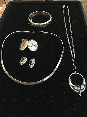 Job Lot Of Vintage/modern Solid Silver Jewellery