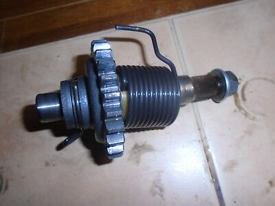 1982 yamaha it 250 kick start shaft assembly