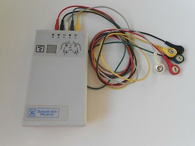 Spacelabs Digital Telemetry Transmitter 90341-50 Ch.No.434.+ Cables Free UK P&P.
