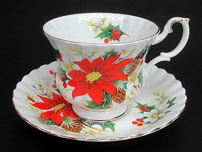 Royal Albert Yuletide Tea Teacup Cup & Saucer c1996