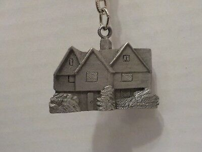 SALEM WITCH HOUSE Salem, MA Key chain, key ring collectible Pewter