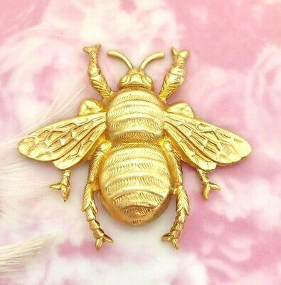 BRASS Large Bee Stamping ~ Jewelry Finding ~ Raw Brass Stamping (C-608)
