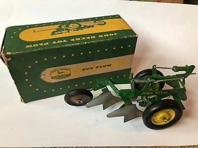 ANTIQUE EARLY JOHN DEERE TRACTOR 2 BOTTOM CYLINDER TOY PLOW with box Gift