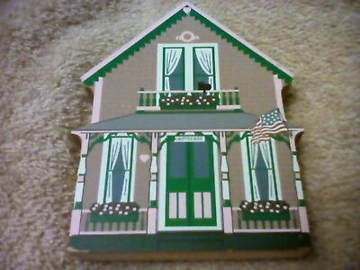 "1999 The Cat's Meow ""Gingerbread Cottage-Hartsease Cottage"" Martha's Vineyard"