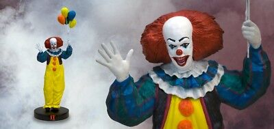 It Pennywise Premium Motion Statue Factory Ent