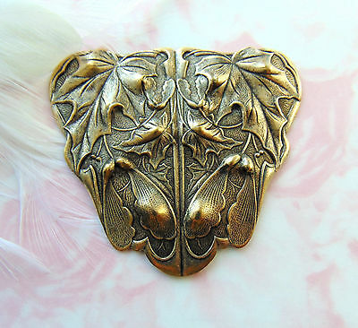 ANTIQUE BRASS Large Plaque Leaf Stamping ~ Oxizided Finding (C-1008)