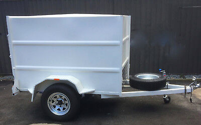6X4 Enclosed Trailer THICK STEEL  TOTAL LINED INSIDE  PROTECTION OF SUITCASES