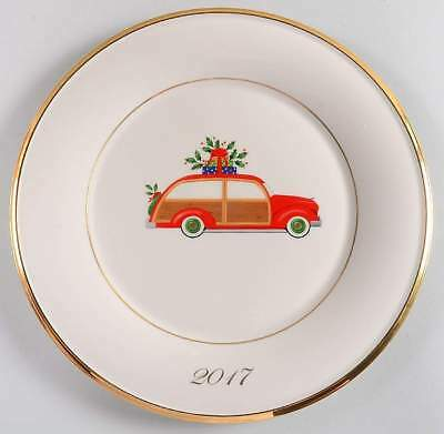 New 2017 Lenox Annual Holiday Accent Plate Porcelain Red Station Wagon