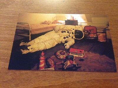 Postcard Dr Who Meeting the Impossible Astronaut P130x