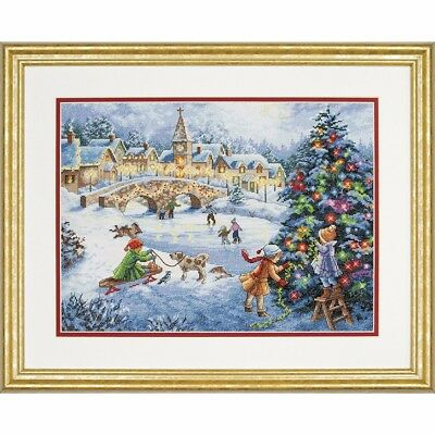 "DIMENSIONS GOLD ""WINTER CELEBRATION""CROSS STITCH  Kreuzstich-Stickpackung 38x28"