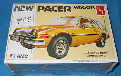 AMT AMC Pacer Wagon-1977 USA-1/25 Model Car Kit-AMT T484-Factory Sealed Box