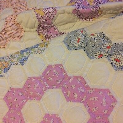 Antique? vtg quilt GRANDMOTHERS GARDEN ivory feed sack hand quilted FARM CHIC