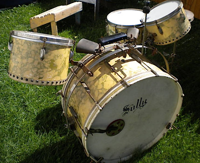 Very Rare 1941 Ludwig De Luxe Marble Capitol Drums