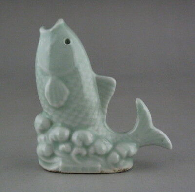 Chinese Old Celadon Glaze Porcelain fish Small Figurine