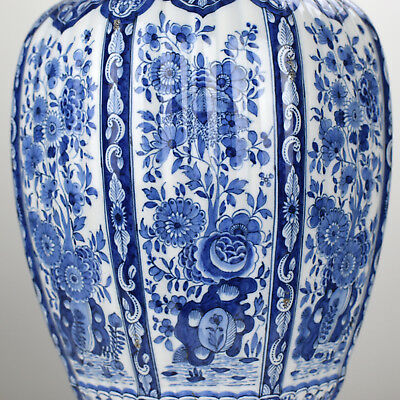 Antique Dutch 18thC Lid Vase Blue White Faience Chinese Wanli Kraak Style