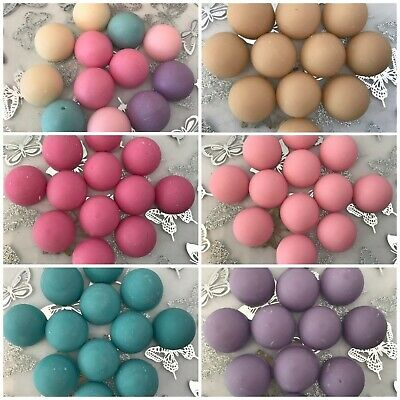 12 x Highly scented Hand Made Lenor Unstoppables Fragranced Soy Wax Melts