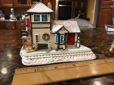 """Lilliput Lane L2165 """"i'll Be Home For Christmas"""" Made In England"""