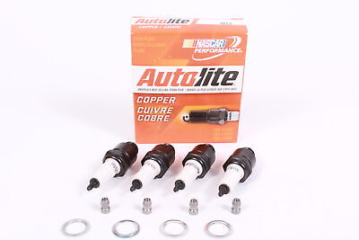 BOX OF 4 Genuine Autolite 303 Copper Resistor Spark Plugs