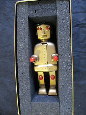 SCHÖNER ROBOTER ST1 GOLDEN ROBOT STRENCO RE EDITION LIMITED No. 63