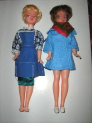 Dolls, Clothing & Accessories 2 X Vintage Sindy Dolls With Clothes