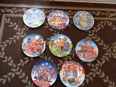McDonald's Ronald McDonald Plate lot of 8 Includes the Goaltender Canada