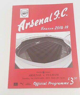 Arsenal v Fulham. Premier League Official Matchday Programme 2018/2019
