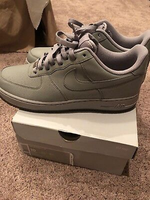 more photos ff917 3be79 Nike Air Force One Grey Perf Size 10 VNDS