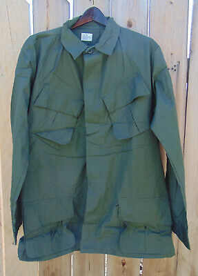 Genuine 1969 Vietnam Jungle Jacket Size Large/Long, new old stock,the real deal