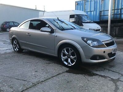 06 reg Vauxhall Astra 1.9CDTi sport Twin Top  CONVERTIBLE spares or repairs