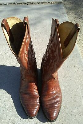 e3f9523d844 VINTAGE TONY LAMA Cowboy Boots Lizard Skin Brown Style 8025 Size 7 ...