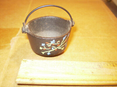 vintage old Cast Iron toy pot hand painted  free fast shipping