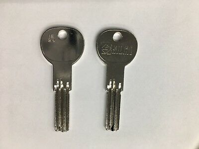 Signed for Delivery Included 3 x ISEO R6 Replacement Dimple Keys Cut to Code