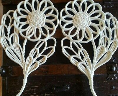 lot 2 Vintage Wall Flowers hanging Daisy Plaque 70s retro Hippie Burwood Large