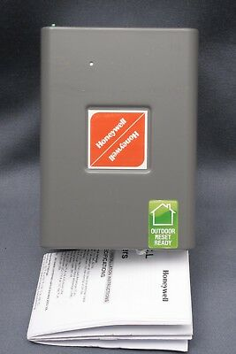 Honeywell Oil Electronic Aquastat Boiler Controller L7248C 1048 NEW