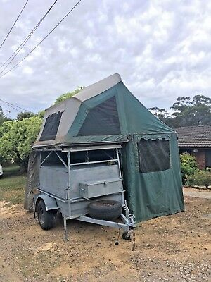 Camper Trailer. Fully serviced. New tyres. 12 months reg.