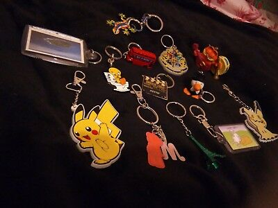 COLLECTABLE KEY RINGS x 15 - MIXED DESIGNS - Pokémon,Harry potter + more