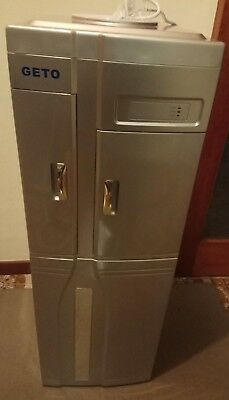 Freestanding Hot and Cold Water Dispenser with fridge