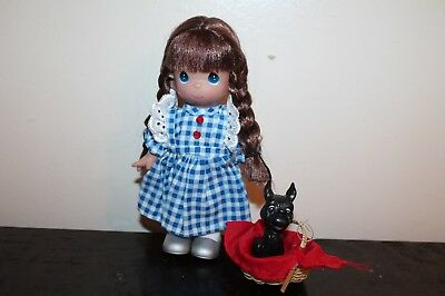 Precious Moments Dorothy The Wizard of Oz – Dolls by the Doll Maker with Basket