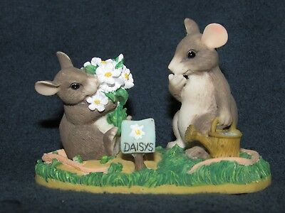 Charming Tails I LOVE YOU A WHOLE BUNCH Mouse with Daisy Flowers figurine