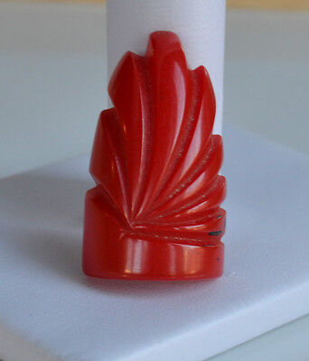 Art Deco deep hand carved red bakelite dimensional dress fur clip tested