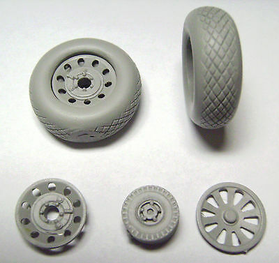 Gmajr2402 1/24 Mustang P51 Wheels -  Tyres, Hubs And Tail Wheel Airfix Trumpeter