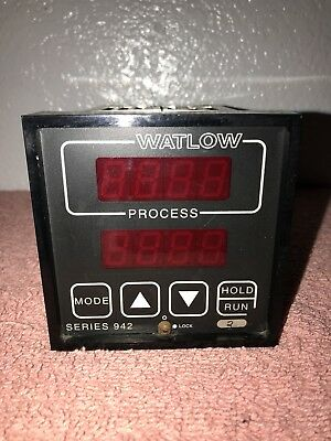 Watlow 942A-1BB2-A000 Digital Process Controller