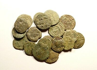 Lot Of 20 Imperial Roman Bronze Coins For Identifying - Low Quality - 08