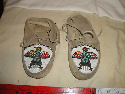 Vintage Plains Sioux Indian Beaded Moccasins, Great Sewing And Soft Deer Leather