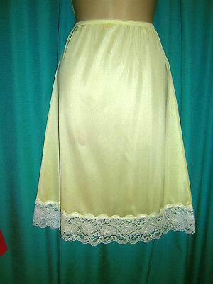*excellent Bright Yellow Wondermaid Lacy Nylon Half Slip**m/l***lingerie