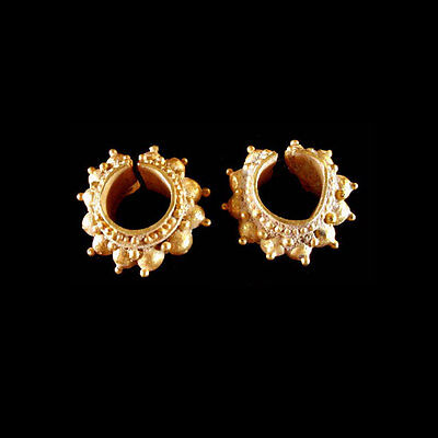 Pair of Khmer solid gold earrings. x4091
